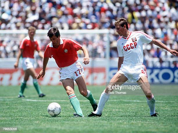 World Cup Finals Irapuato Mexico 2nd June USSR 6 v Hungary 0 USSR's Yakovenko chases Hungary's Bursca for the ball