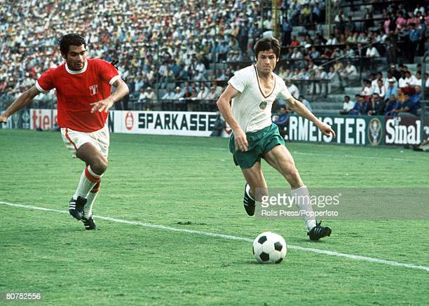 World Cup Finals Leon Mexico 2nd June Peru 3 v Bulgaria 2 A Bulgarian attacker gets away from a Peruvian defender during the two team's Group Four...