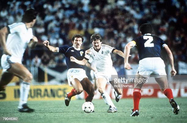 World Cup Finals Malaga Spain 15th June Scotland 5 v New Zealand 2 Scotland's Graeme Souness challenges New Zealand's Kenny Cresswell watched by...