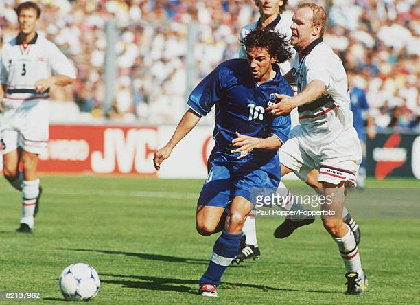 World Cup Finals Marseille France 2nd Round 27th JUNE 1998 Italy 1 v Norway 0 Alessandro Del Piero of Italy held back by Norway's Henning Berg
