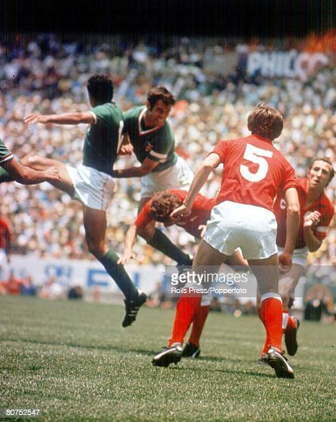 World Cup Finals Mexico City Mexico 31st May Mexico 0 v Soviet Union 0 Mexico's captain Gustavo Pena causes problems for Soviet defenders including...