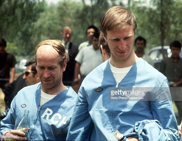 World Cup Finals, Mexico, England stars Bobby and Jackie Charlton during an England training session in Mexico