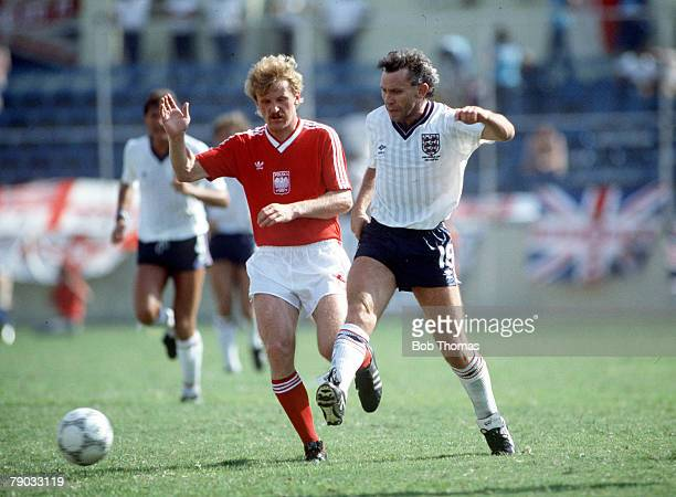 World Cup Finals Monterrey Mexico 11th June England 3 v Poland 0 England's Peter Reid plays the ball as Waldemar Matysik challenges