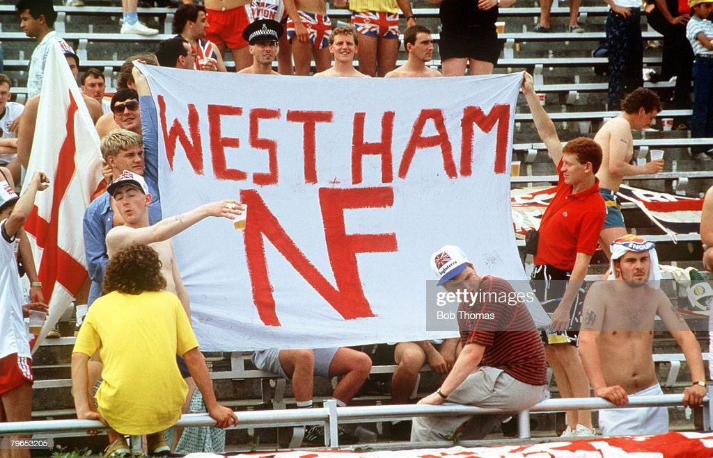 "1986 World Cup Finals, Monterrey, Mexico, 3rd June, 1986, England 0 v Portugal 1,England fans holding a ""National Front"" banner at the match : News Photo"