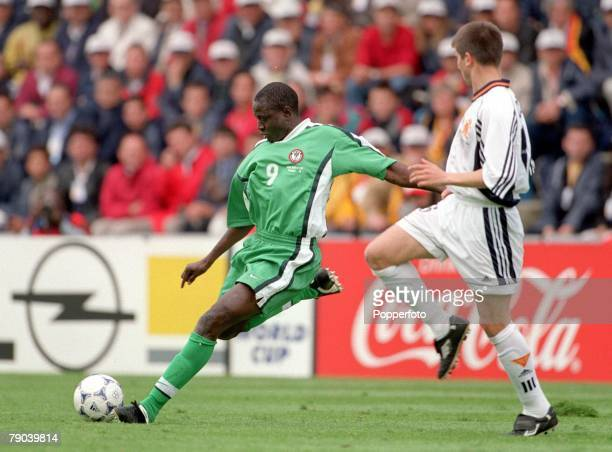 World Cup Finals Nantes France 13th JUNE 1998 Spain 2 v Nigeria 3 Nigeria's Rasheed Yekini about to line up a shot