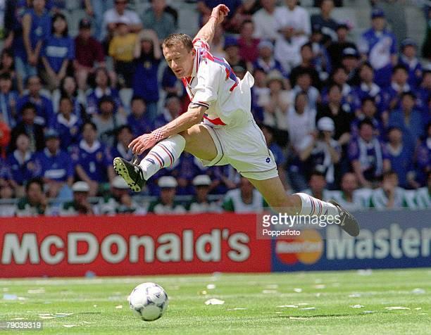 World Cup Finals Nantes France 20th JUNE 1998 Japan 0 v Croatia 1 Croatia's Mario Stanic in midair as he shoots