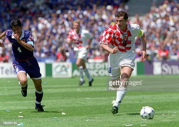 World Cup Finals Nantes France 20th JUNE 1998 Japan 0 v Croatia 1 Croatia's matchwinner Davor Suker chased by Japan's Masami Ihara