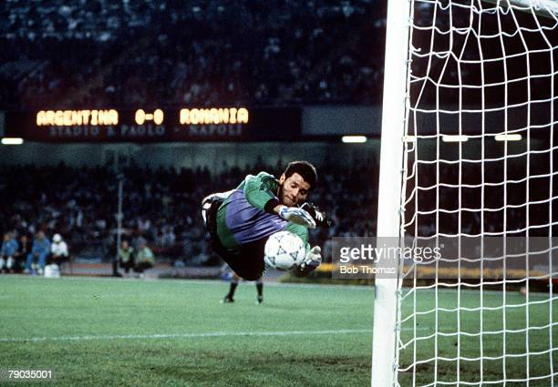 World Cup Finals Naples Italy 18th June Argentina 1 v Romania 1 Argentine goalkeeper Sergio Goycochea makes a flying save