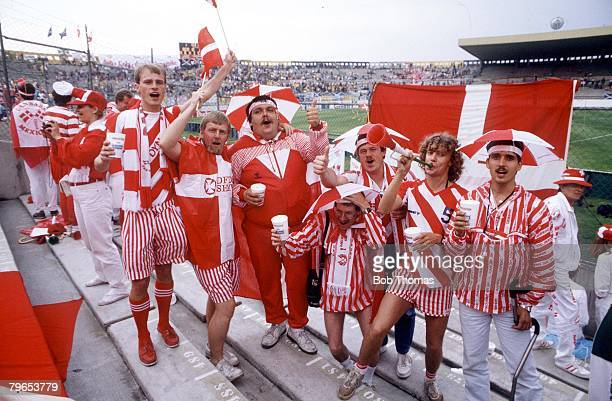 World Cup Finals Neza Mexico 4th June 1986 Denmark 1 v Scotland 0 Danish fans celebrate their team's win