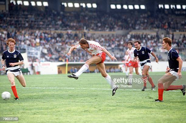 World Cup Finals Neza Mexico 4th June Denmark 1 v Scotland 0 Denmark's Preben Elkjaer shoots to score the only goal of the match
