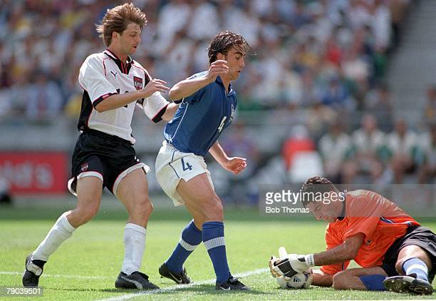 World Cup Finals Paris France 23rd JUNE 1998 Italy 2 v Austria 1 Italy's Pagliuca saves as Cannavaro holds off Austria's Hannes Reinmar