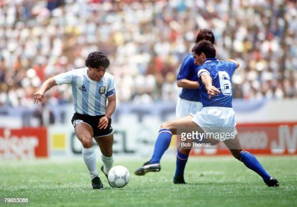 World Cup Finals Puebla Mexico 5th June Italy 1 v Argentina 1 Argentina's Diego Maradona takes on Italy's Gaetano Scirea