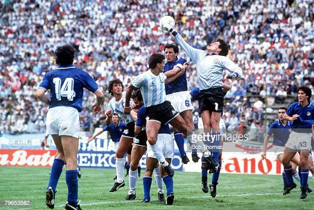 World Cup Finals Puebla Mexico 5th June Italy 1 v Argentina 1 Italy's goalkeeper Giovanni Galli punches the ball clear during an Argentine attack...