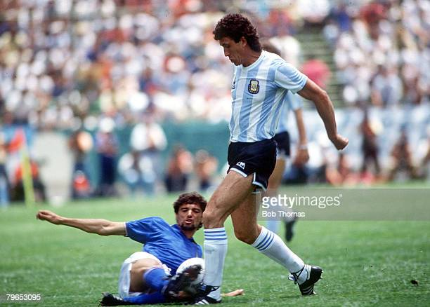 World Cup Finals Puebla Mexico 5th June Italy 1 v Argentina 1 Argentina's Jorge Valdano is tackled by Italy's Alessandro Altobelli