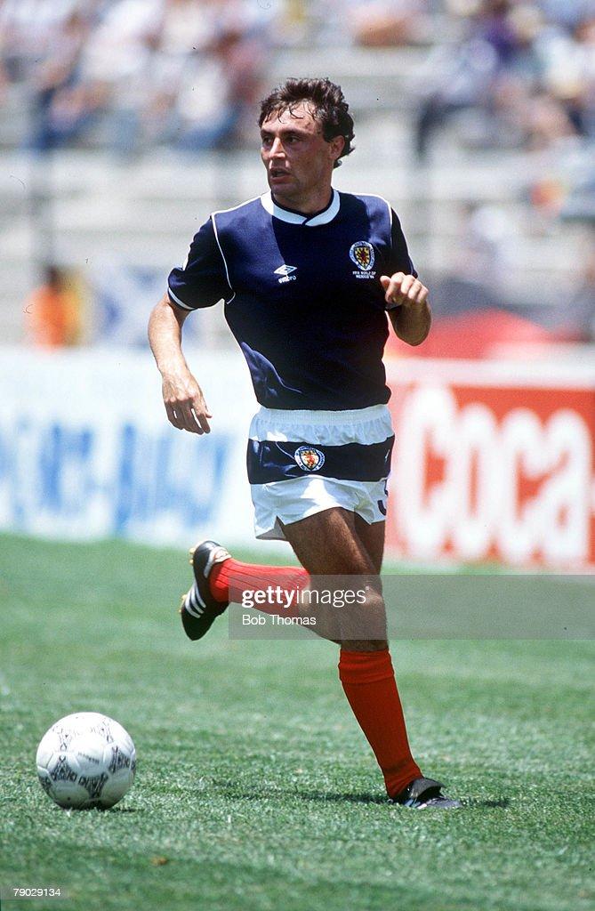 1986 World Cup Finals. Queretaro, Mexico. 8th June, 1986. West Germany 2 v Scotland 1. Scotland's Maurice Malpas. : News Photo