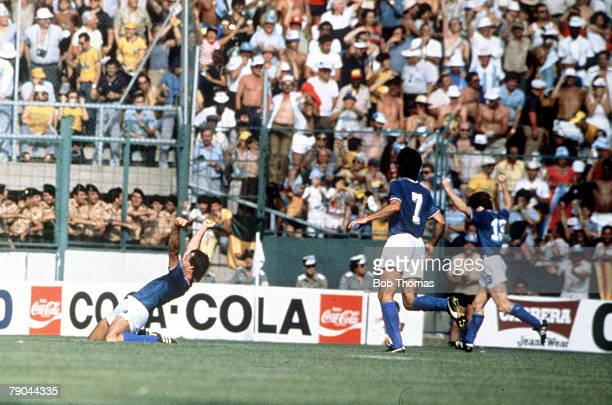 World Cup Finals Second Phase Barcelona Spain 29th June Italy 2 v Argentina 1 Italy's Antonio Cabrini kneels in salute as he celebrates scoring his...