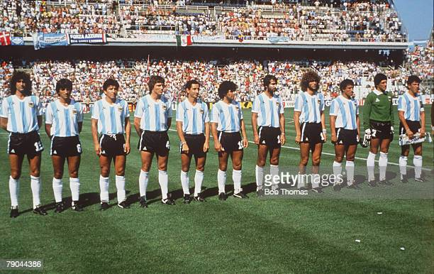 World Cup Finals Second Phase Barcelona Spain 29th June Italy 2 v Argentina 1 World Champions Argentina line up before the match
