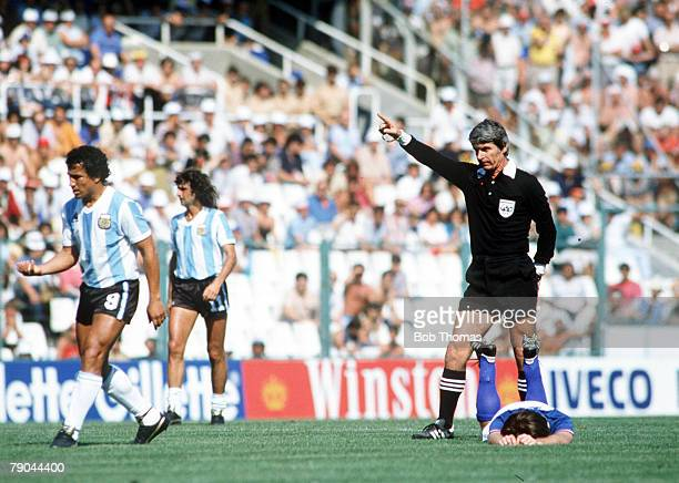 World Cup Finals Second Phase Barcelona Spain 29th June Italy 2 v Argentina 1 Romanian referee Nicolae Rainea points the way to the dressing room...