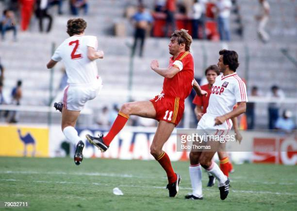 World Cup Finals Second Phase Leon Mexico 15th June Belgium 4 v USSR 3 Belgium's Jan Ceulemans battles for the ball with USSR's Bessonov and...