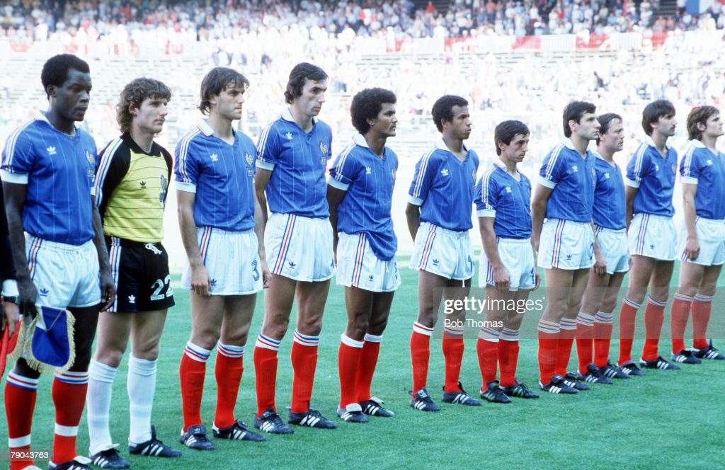 1982 World Cup Finals. Second Phase. Madrid, Spain. 28th June, 1982. France 1 v Austria 0. The French team line up before the match. : Photo d'actualité