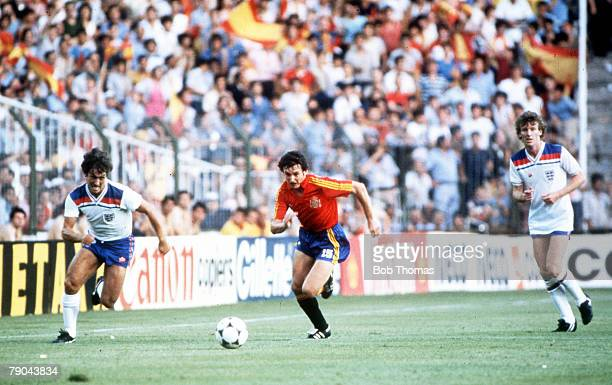 World Cup Finals Second Phase Madrid Spain 5th July England 0 v Spain 0 England's Kenny Sansom races Spain's Enrique Saura for the ball