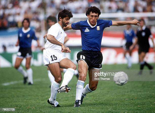 World Cup Finals Second Phase Puebla Mexico 16th June Argentina 1 v Uruguay 0 Uruguay's Rivero battles for the ball with Argentina's Jorge Valdano