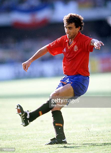 World Cup Finals Second Phase Verona Italy 26th June Yugoslavia 2 v Spain 1 Spain's Francisco Villaroya s is challenged for the ball by Yugoslavia's...