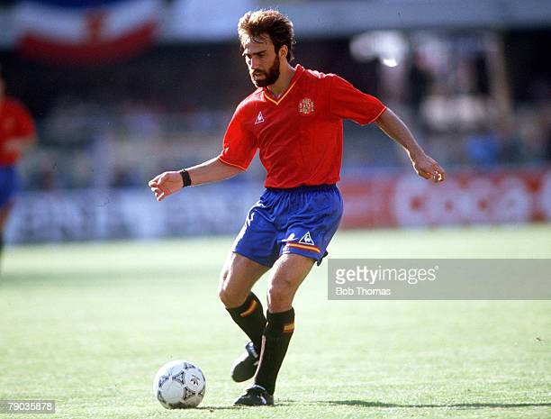 World Cup Finals Second Phase Verona Italy 26th June Yugoslavia 2 v Spain 1 Spain's Martin Vazquez on the ball