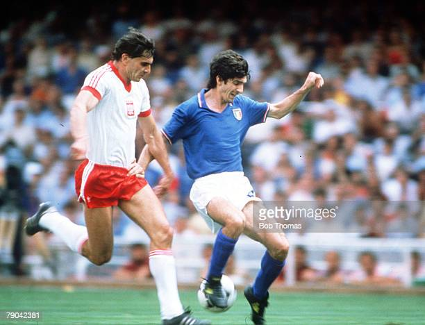 World Cup Finals SemiFinal Barcelona Spain 8th July Italy 2 v Poland 0 Italy's Paolo Rossi is challenged for the ball by Poland's Pawel Janas