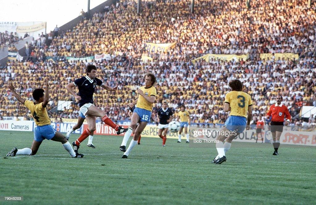 World Cup Finals, Seville, Spain, 18th June, 1982, Brazil 4 v Scotland 1, Scotland's David Narey scores to give Scotland a shock lead