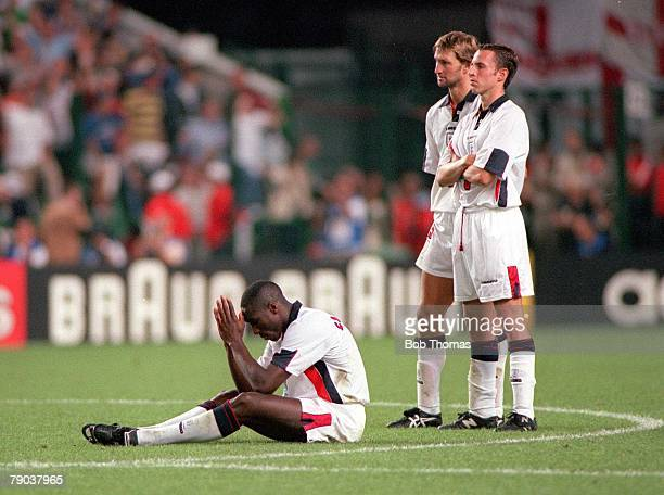 World Cup Finals St Etienne France 30th June England 2 v Argentina 2 England's Sol Campbell anxious during the penalty shootout as Adams and...