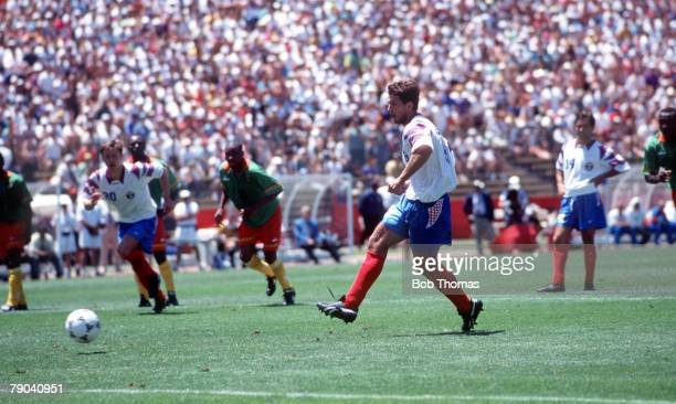 World Cup Finals Stanford USA 28th June 1994 Russia 6 v Cameroon 1 Russia's Oleg Salenko sidefoots home a penalty to complete his hattrick