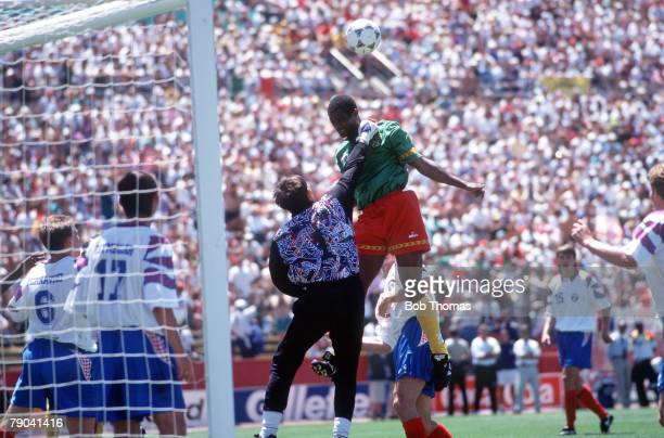 World Cup Finals Stanford USA 28th June 1994 Russia 6 v Cameroon 1 Russia's goalkeeper Cherchesov is challenged in the air by Cameroon's Omam Biyick