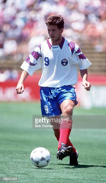 World Cup Finals Stanford USA 28th June Russia 6 v Cameroon 1 Russia's Oleg Salenko who scored 5 goals in the match
