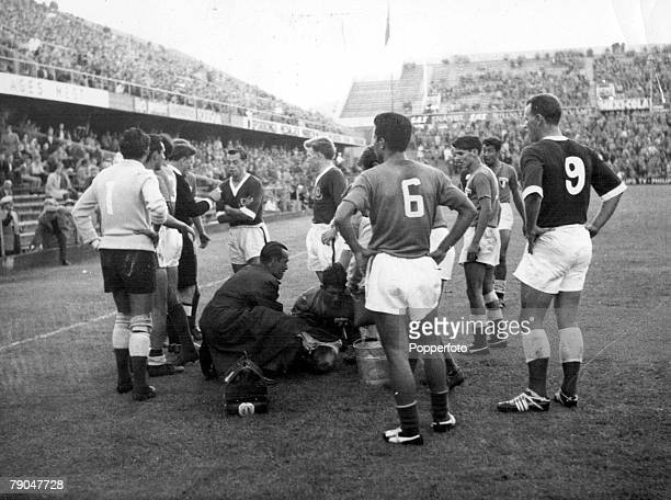 World Cup Finals Stockholm Sweden 11th June Mexico 1 v Wales 1 John Charles of Wales and Mexicans Carbajal and Flores Corova surround Mexican player...