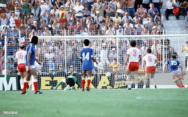 World Cup Finals Third Place PlayOff Alicante Spain 10th July Poland 3 v France 2 France's Rene Girard scores the French first goal