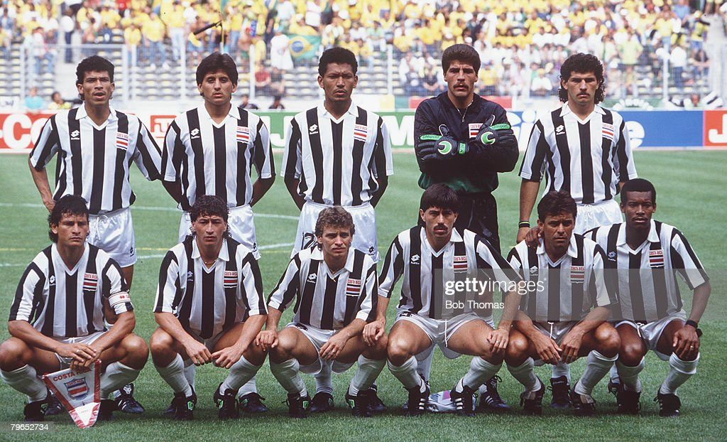 1990 World Cup Finals, Turin, Italy, 16th June, 1990, Brazil 1 v Costa Rica 0, Costa Rica pose for a team group picture before kick-off : News Photo