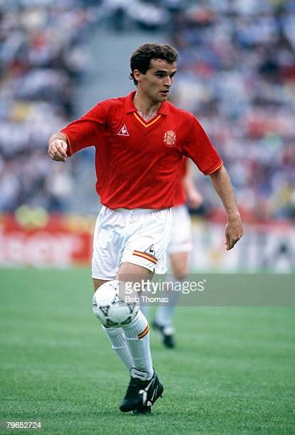 World Cup Finals Udine Italy 13th June Spain 0 v Uruguay 0 Spain's Genadi Andrinua