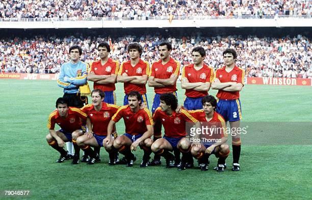 World Cup Finals Valencia Spain 16th June Spain 1 v Honduras 1 Spain's team line up