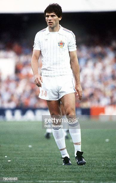 World Cup Finals Valencia Spain 20th June Spain 2 v Yugoslavia 1 Yugoslavia's Nikola Jovanovic