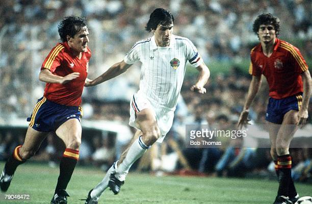 World Cup Finals Valencia Spain 20th June Spain 2 v Yugoslavia 1 Yugoslavia's Ivan Surjak is chased by Spain's Jose Vincente Sanchez