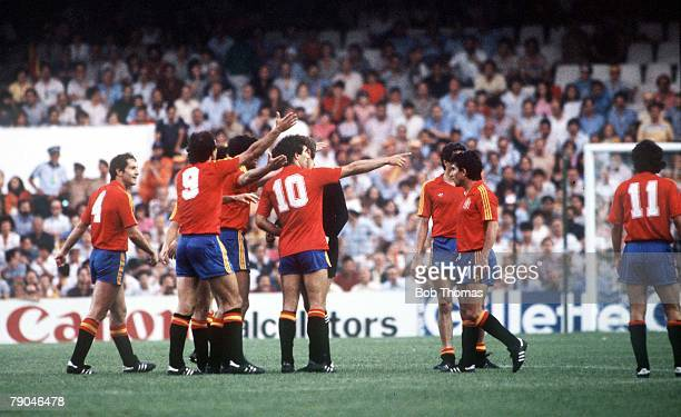 World Cup Finals Valencia Spain 20th June Spain 2 v Yugoslavia 1 Spanish players protest against Yugoslavia's goal