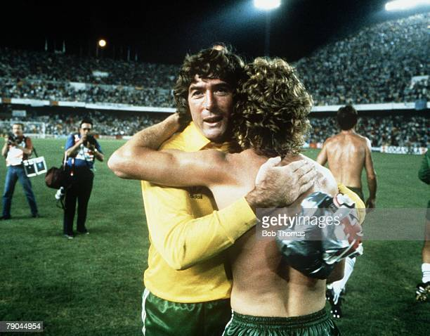 World Cup Finals Valencia Spain 25th June Spain 0 v Northern Ireland 1 Northern Ireland's Pat Jennings and Jimmy Nichol celebrate their victory
