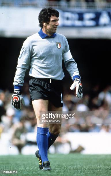 World Cup Finals Vigo Spain 23rd June 1982 Italy 1 v Cameroon 1 Italy's goalkeeper Dino Zoff