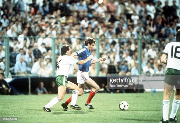 World Cup Finals Zaragoza Spain 17th June Yugoslavia 0 v NIreland 0 Yugoslavia's Vladimir Petrovic holds off Northern Ireland's David McCreery