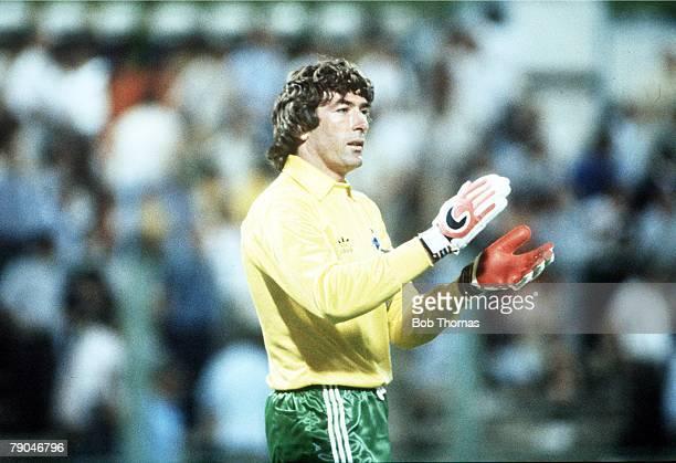 World Cup Finals Zaragoza Spain 17th June Yugoslavia 0 v NIreland 0 Northern Ireland's goalkeeper Pat Jennings