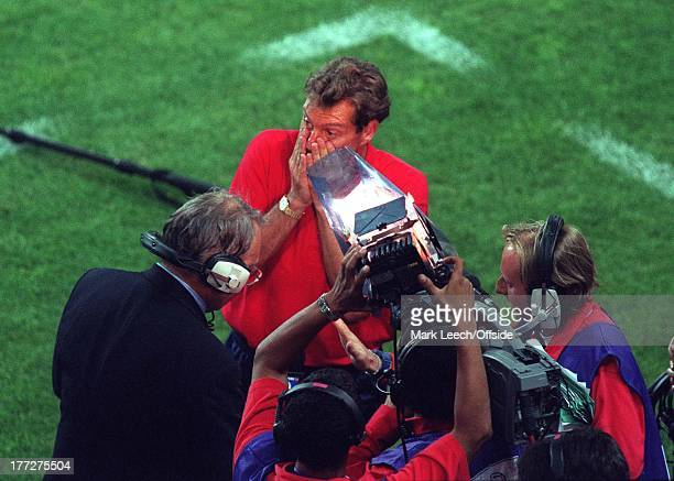 World Cup France'98, 1/8 Final, Saint-Etienne, Stade Geoffroy-Guichard - Argentina v England, Coach Glenn Hoddle is surrounded by a television crew...