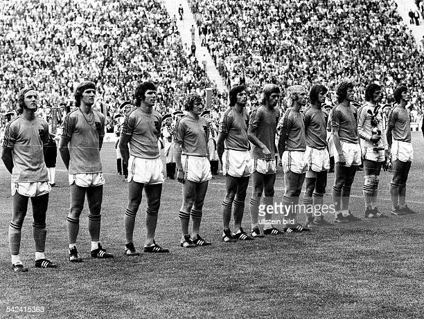 1974 FIFA World Cup in Germany Final in Munich Germany 2 1 Netherlands lineup of the Dutch squad before the final