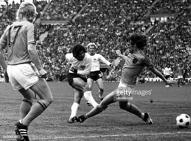 1974 FIFA World Cup in Germany Final in Munich Germany 2 1 Netherlands Scene of the match Gerd Mueller scoring the matchwinner| left Rijsbergen right...