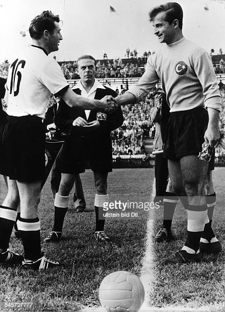 1954 FIFA World Cup in Switzerland First round Group 2 in Bern's Wankdorf Stadium Germany 4 1 Turkey Captains Fritz Walter and goalkeeper Turgay...
